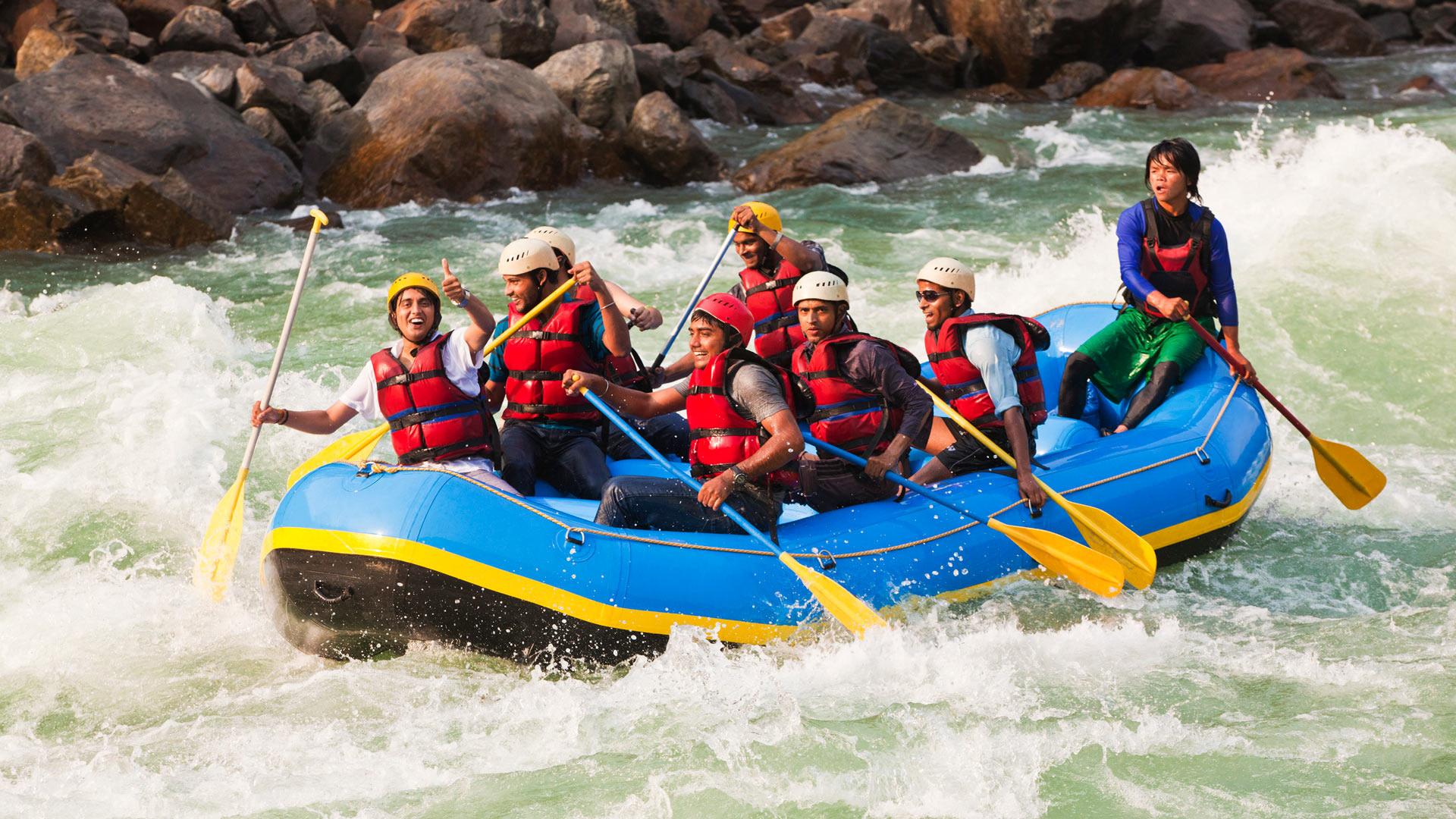 white-water-river-rafting-in-rishikesh